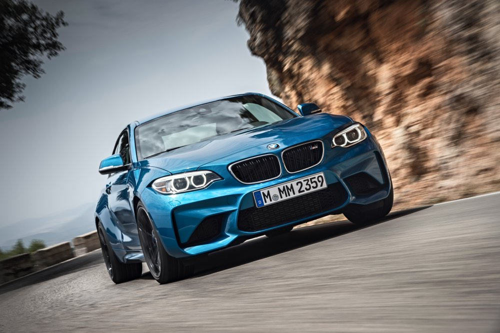 New_P90199677_highRes_the-new-bmw-m2-coupe (1)