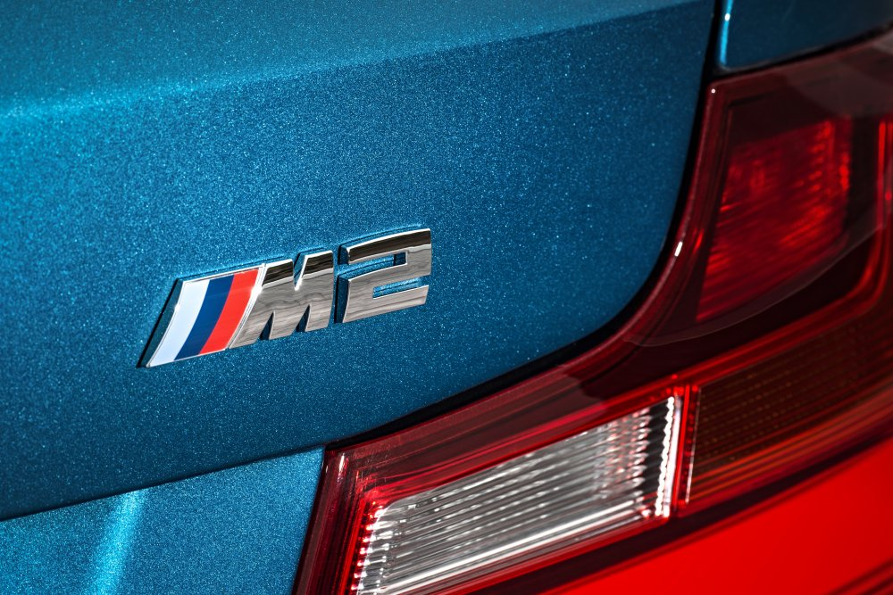 New_P90199698_highRes_the-new-bmw-m2-coupe