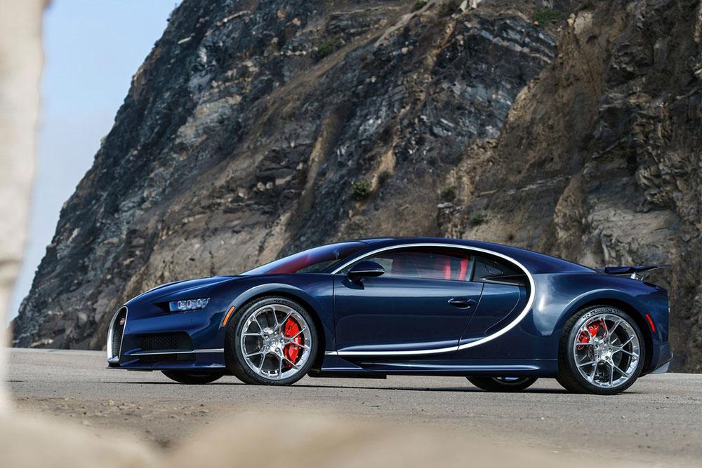 Bugatti-Chiron-2017-1280-01