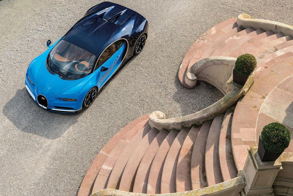 Bugatti-Chiron-2017-1280-0a