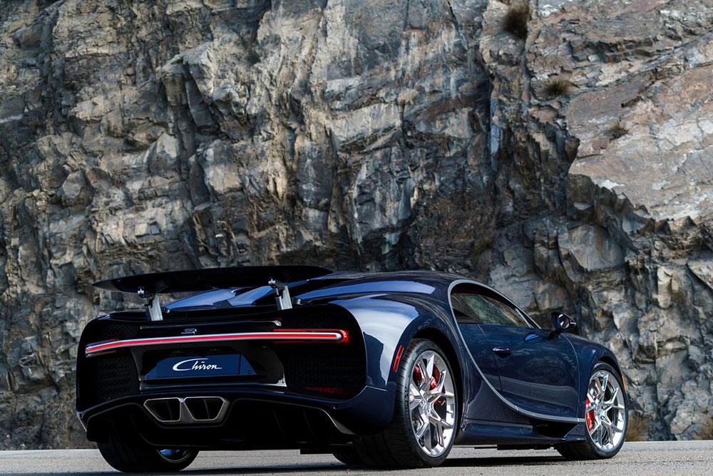 Bugatti-Chiron-2017-1280-1d
