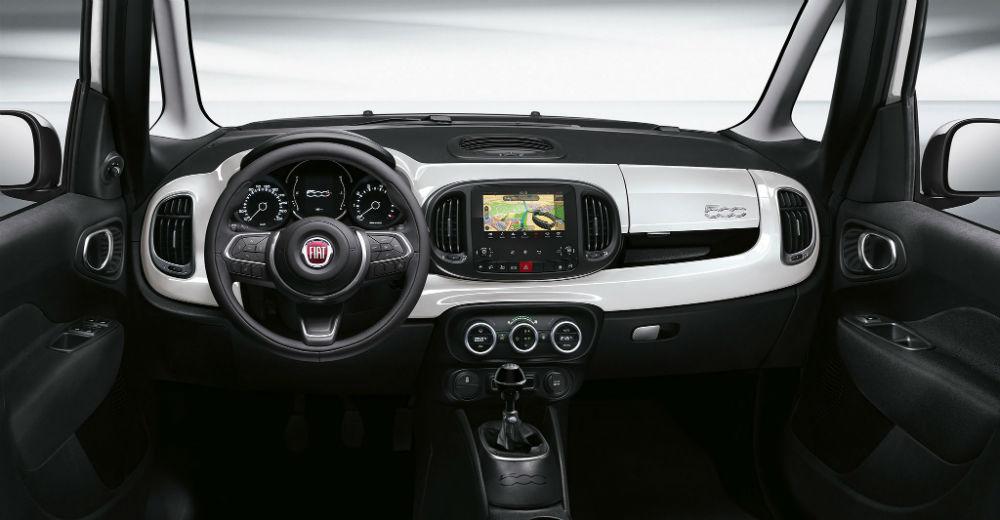 2017_Fiat-500L_15