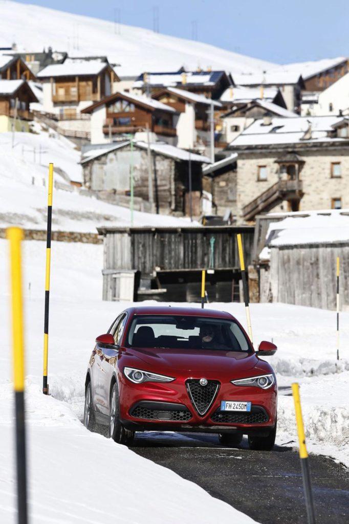 170222_Alfa-Romeo_AR-Stelvio_40