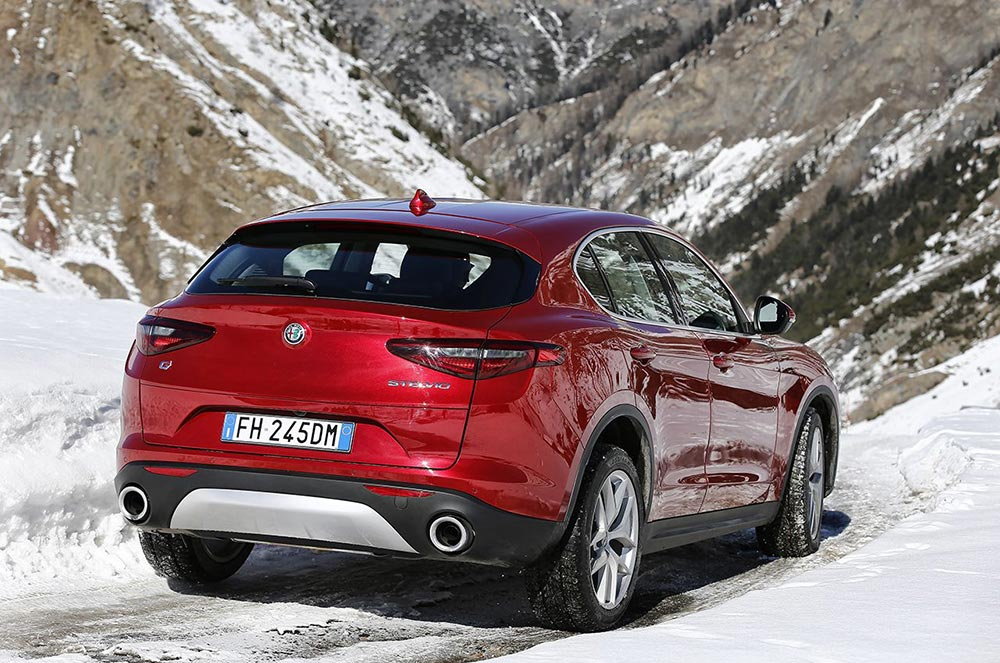 170222_Alfa-Romeo_AR-Stelvio_47