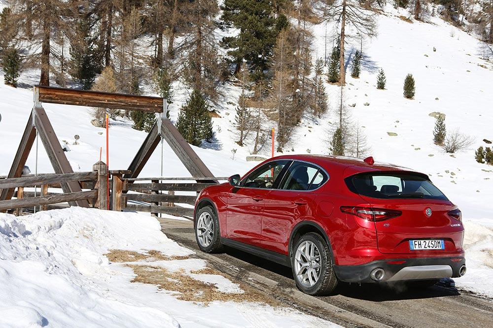 170222_Alfa-Romeo_AR-Stelvio_61