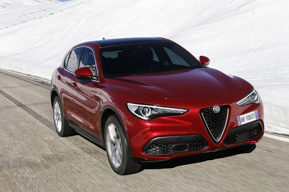 170222_Alfa-Romeo_Stelvio_24