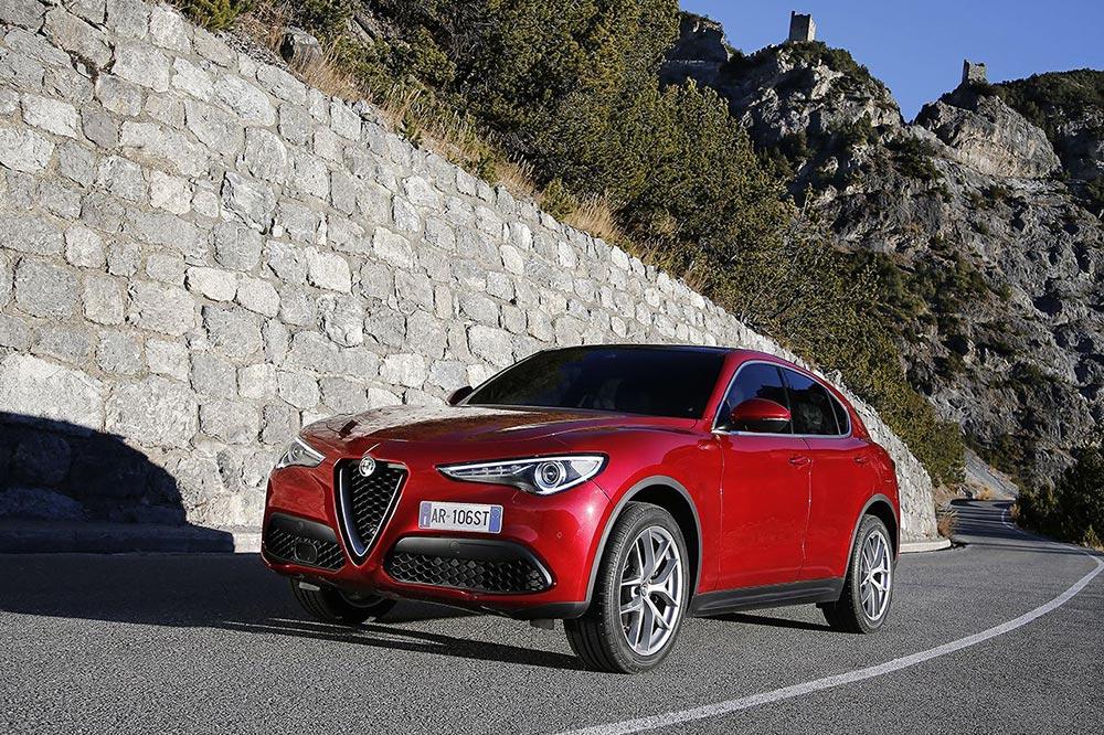170222_Alfa-Romeo_Stelvio_35