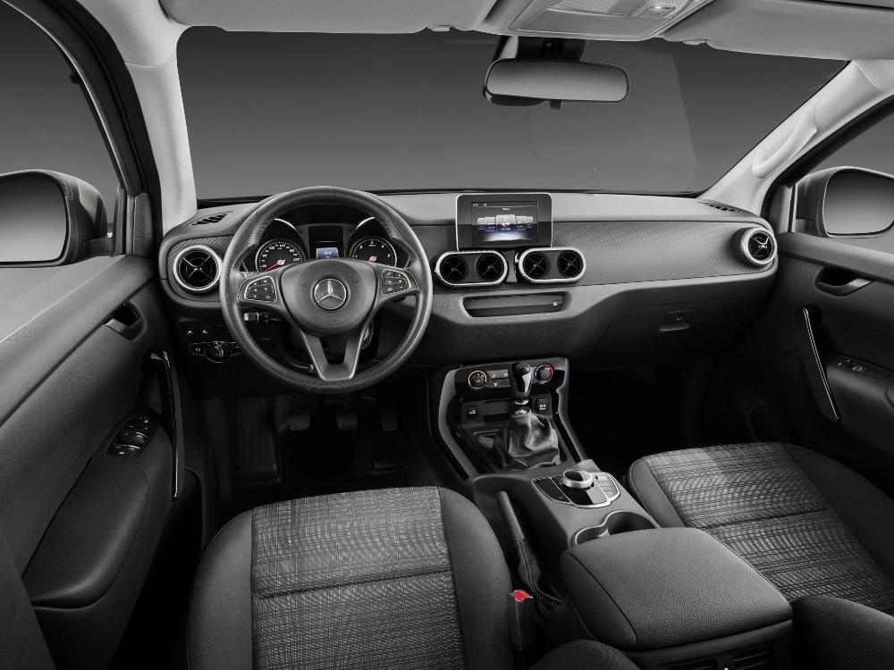 Mercedes-Benz X-Klasse – Interieur PURE