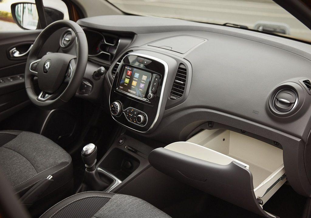 Renault-Captur-2018-1600-6b