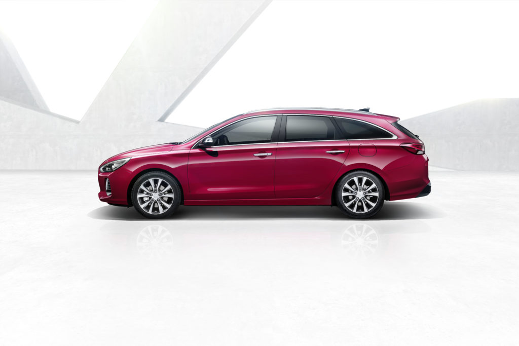 i30-wagon-3-hires