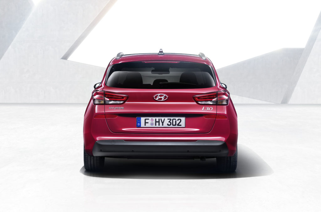 i30-wagon-6-hires