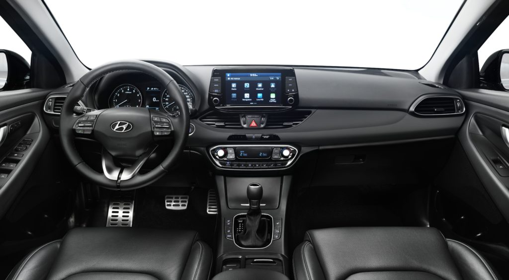 i30-wagon-interior-7-hires