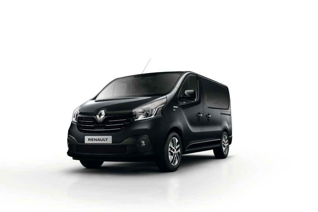 renault trafic spaceclass the vip lounge automais. Black Bedroom Furniture Sets. Home Design Ideas