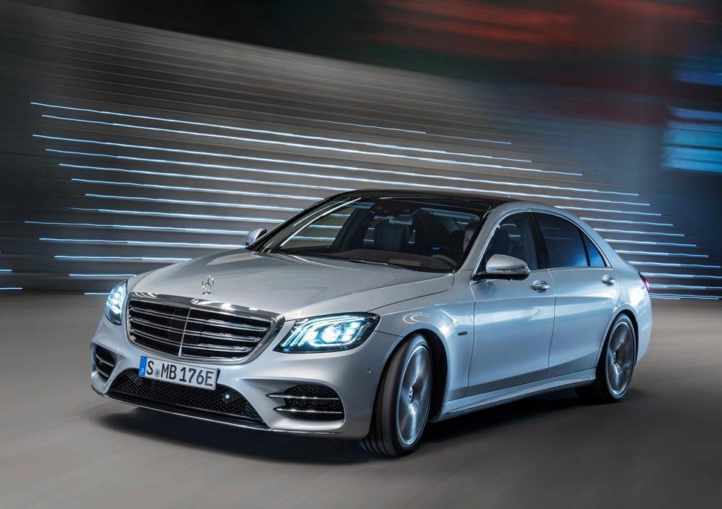 Mercedes-Benz-S560e-2018-1280-04