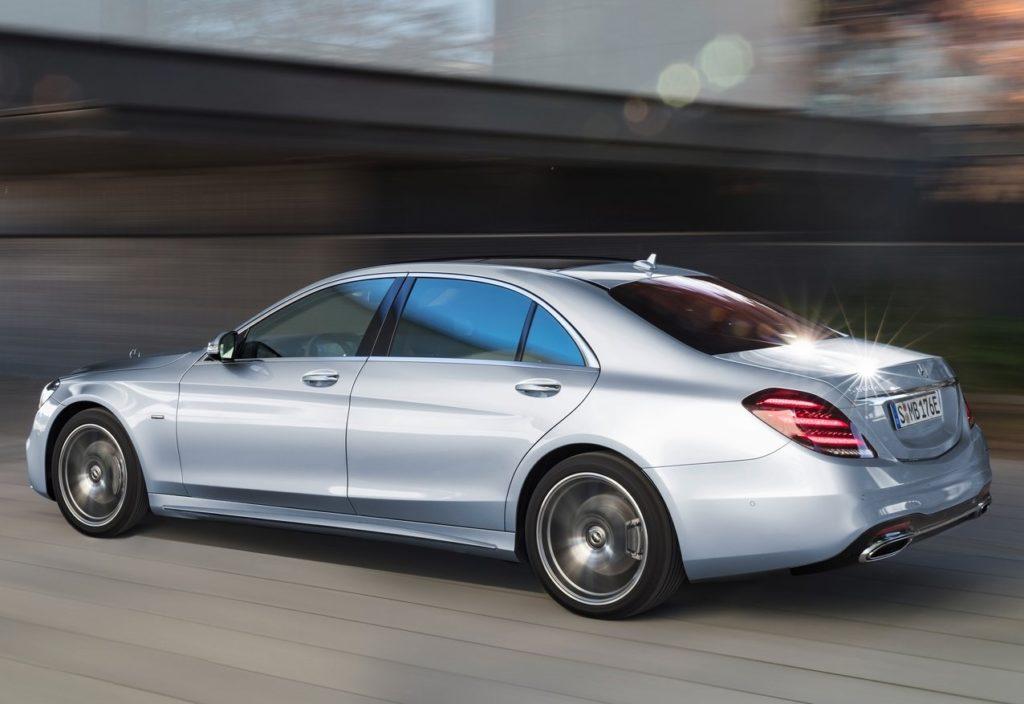 Mercedes-Benz-S560e-2018-1280-0e