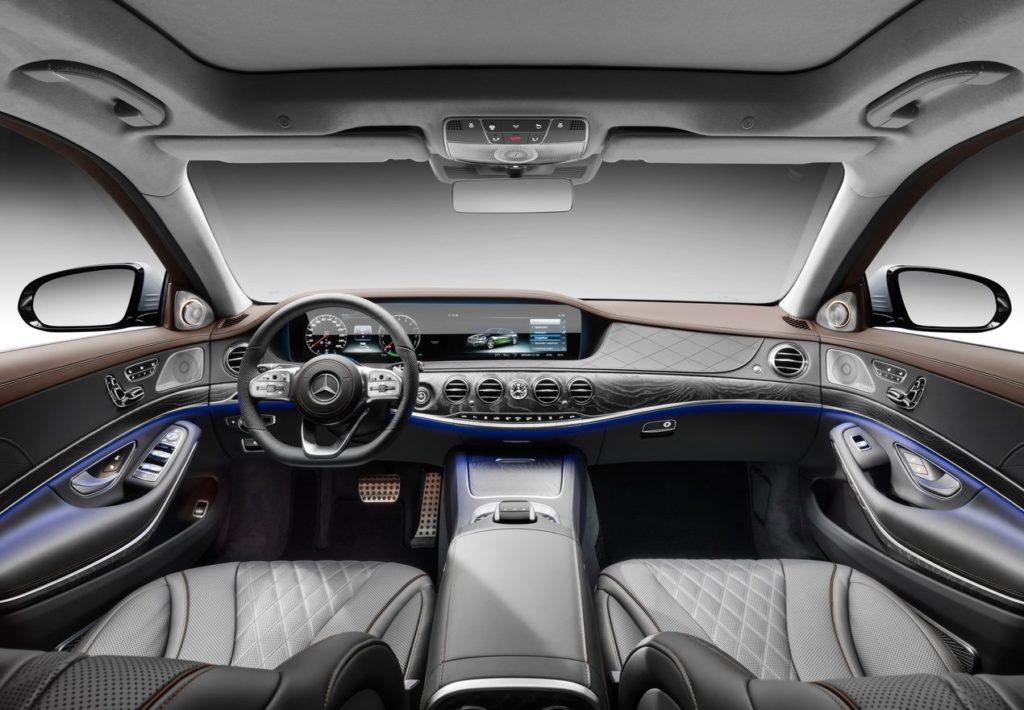 Mercedes-Benz-S560e-2018-1280-18