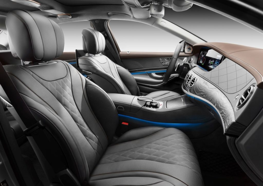 Mercedes-Benz-S560e-2018-1280-1a