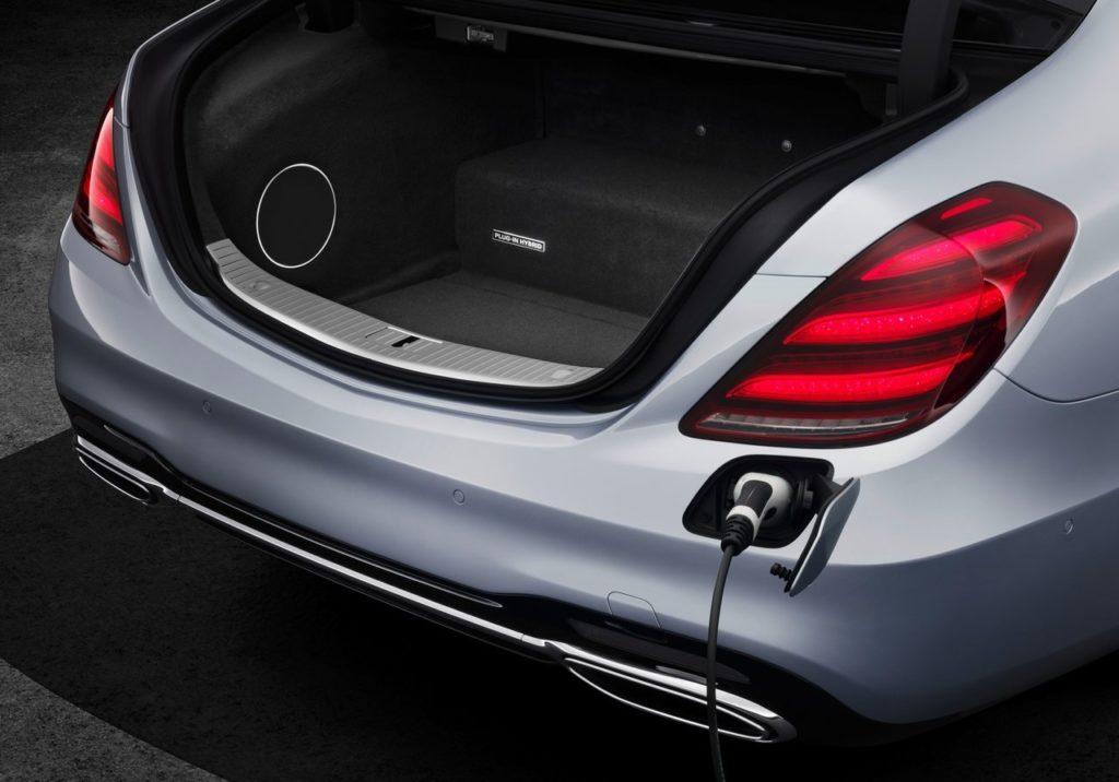 Mercedes-Benz-S560e-2018-1280-1d