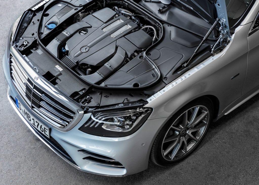 Mercedes-Benz-S560e-2018-1280-1f