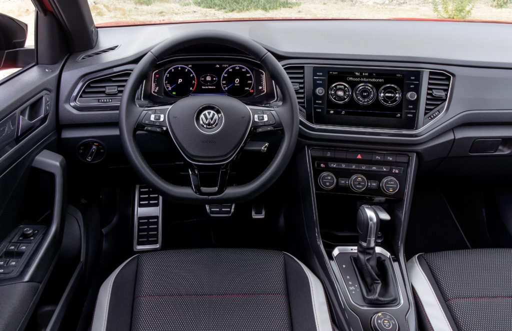 O automais esteve na apresenta o internacional do vw t for Interior volkswagen t roc