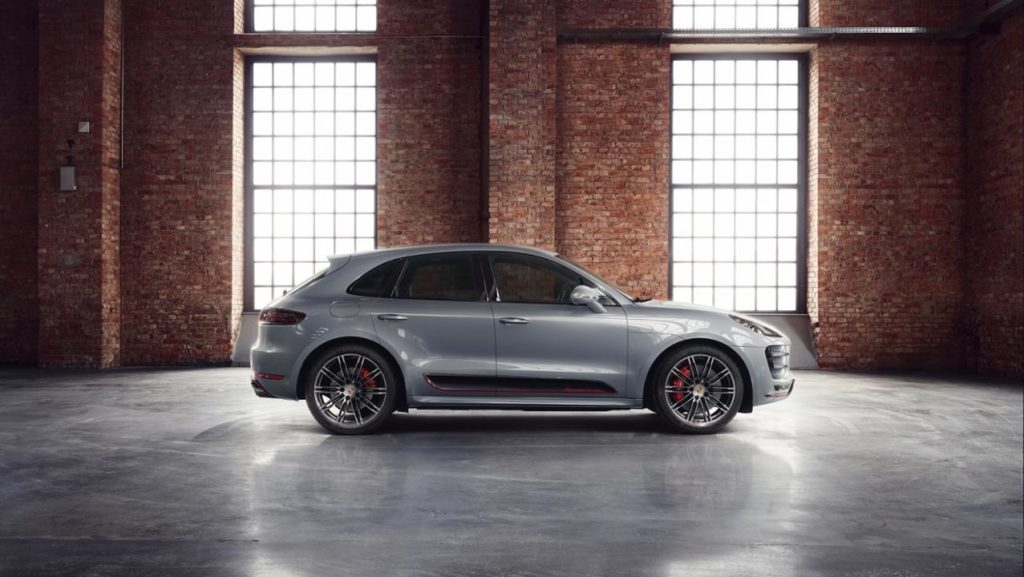 low_macan_turbo_exclusive_performance_edition_2017_porsche_ag (3)