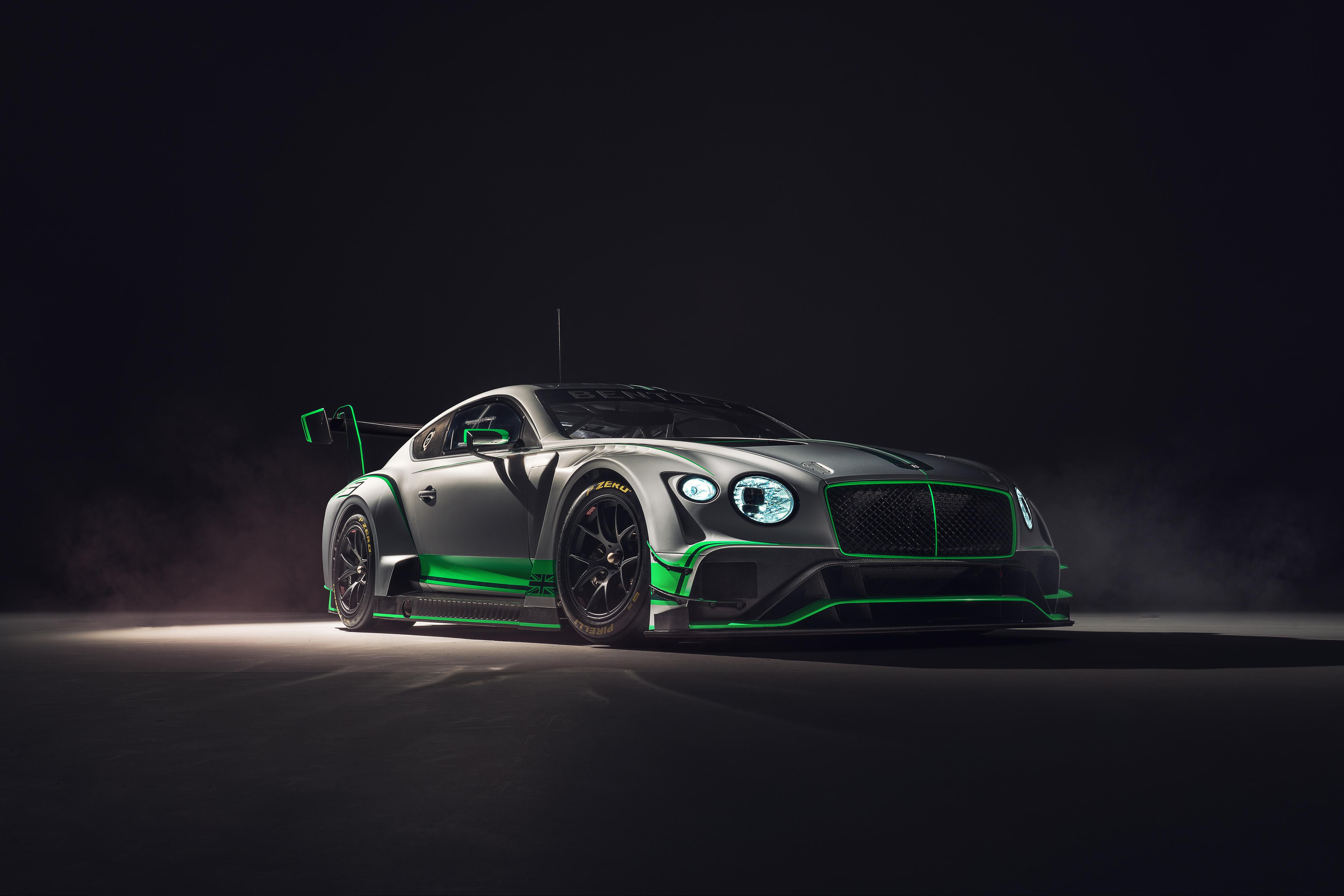 A Bentley revelou o novo Continental GT3 Racecar thumbnail