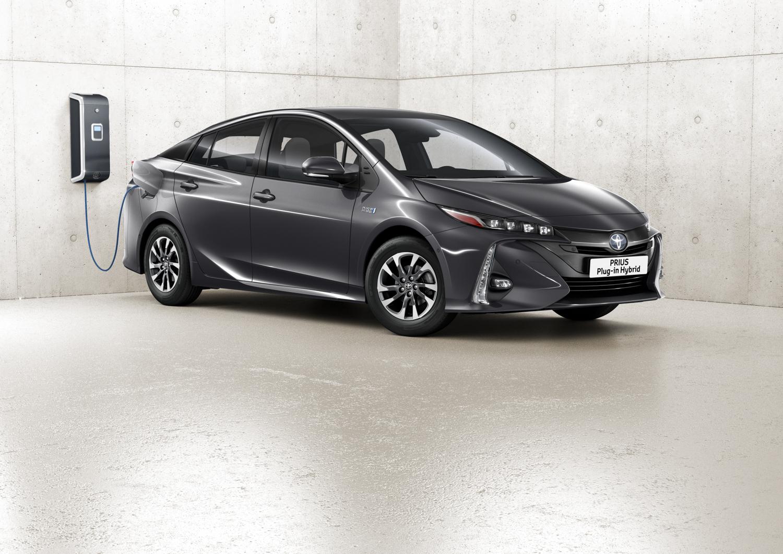 A Toyota Anunciou No Japão A 18 De Dezembro A Sua Estratégia Para A  Massificação De Veículos Eletrificados Para A Década De 2020 A 2030.