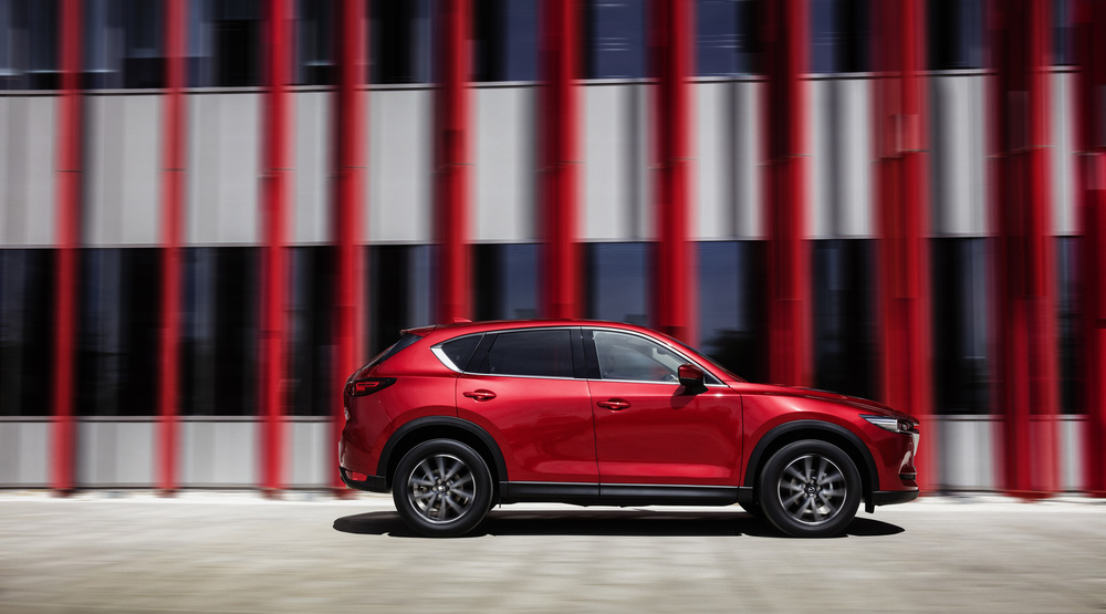 All-new-CX-5_BCN-2017_Action_16