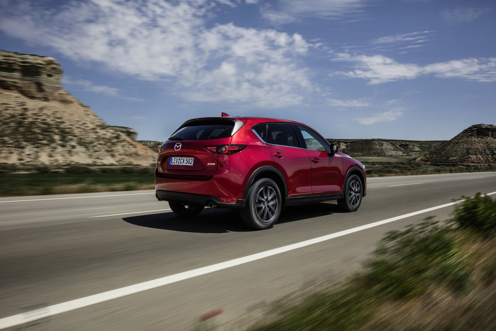All-new-CX-5_BCN-2017_Action_29