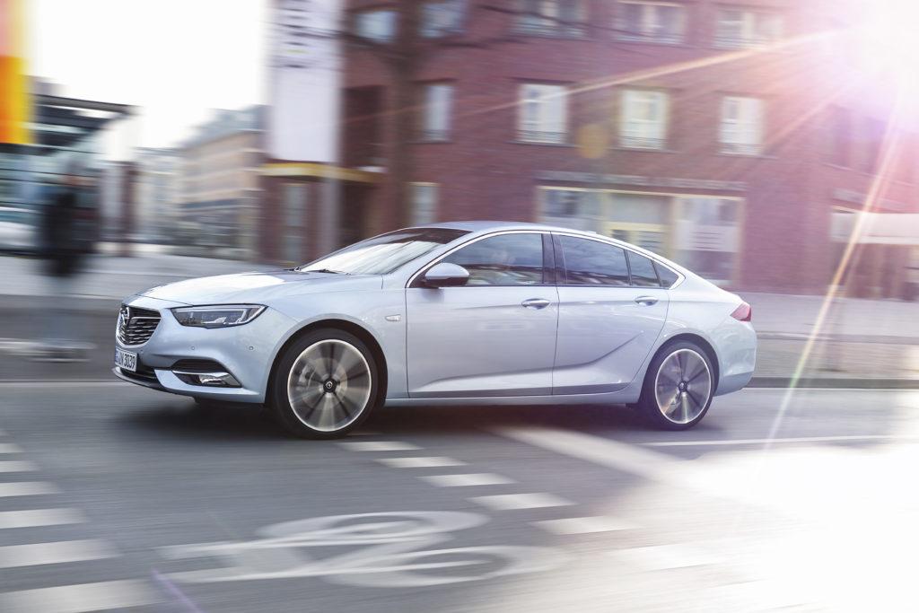 Opel-Insignia-Grand-Sport-305517