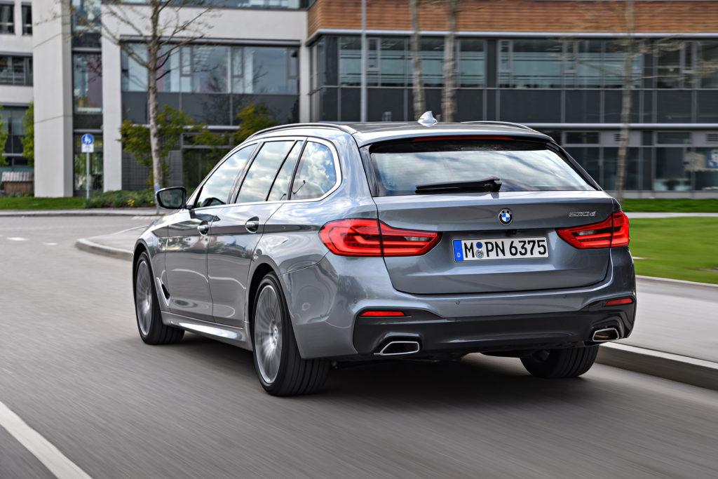 P90258757_highRes_the-new-bmw-5-series