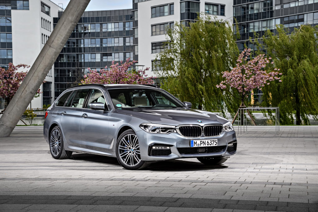 P90258766_highRes_the-new-bmw-5-series
