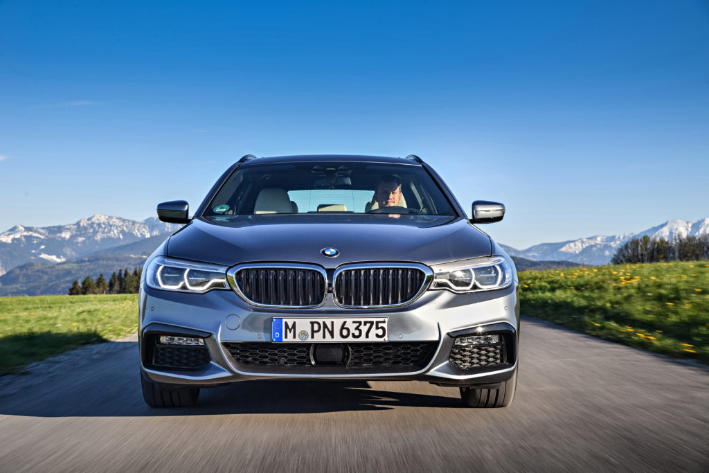 P90258770_highRes_the-new-bmw-5-series