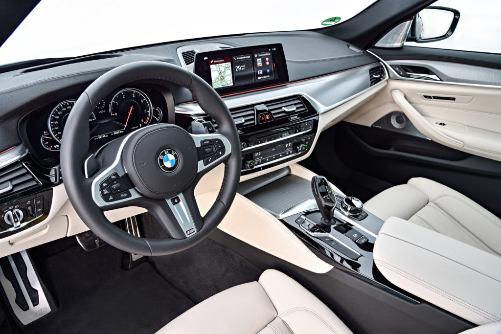 P90258783_highRes_the-new-bmw-5-series