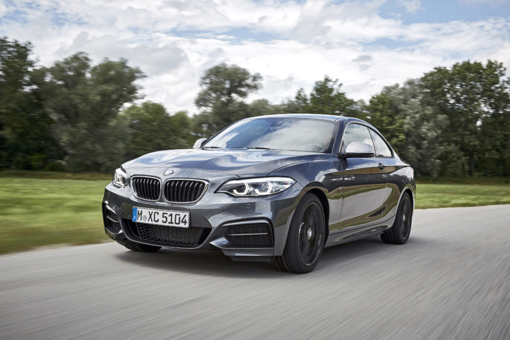 P90270003_highRes_the-new-bmw-2-series