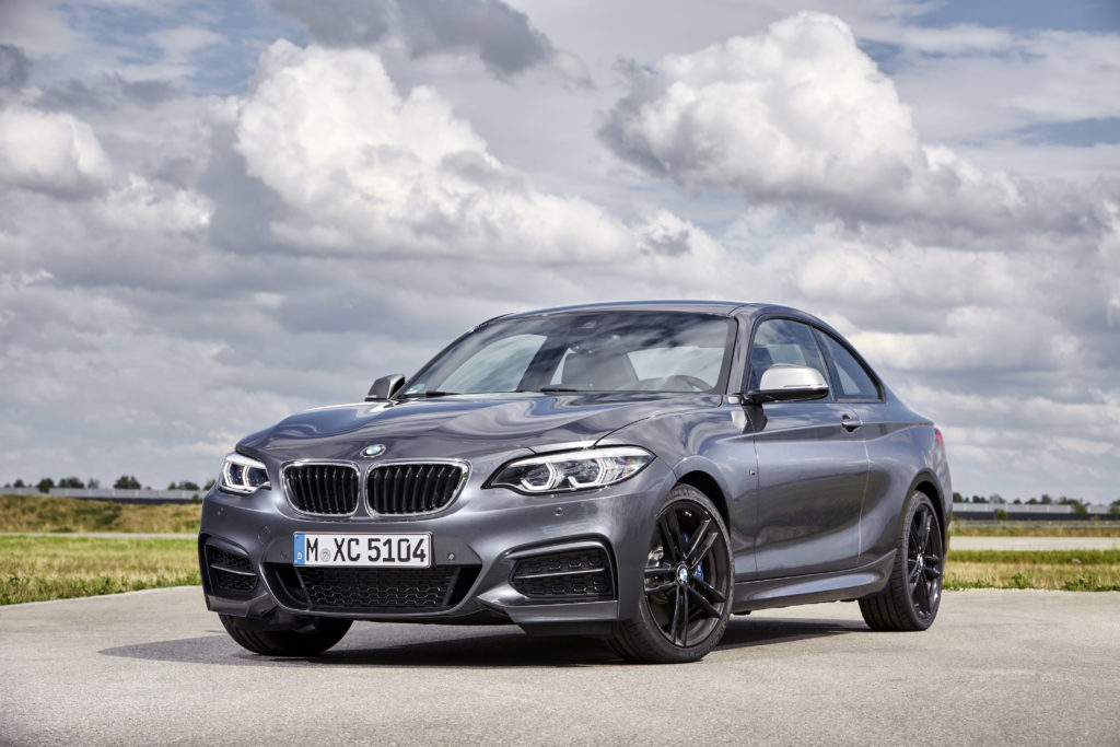 P90270027_highRes_the-new-bmw-2-series