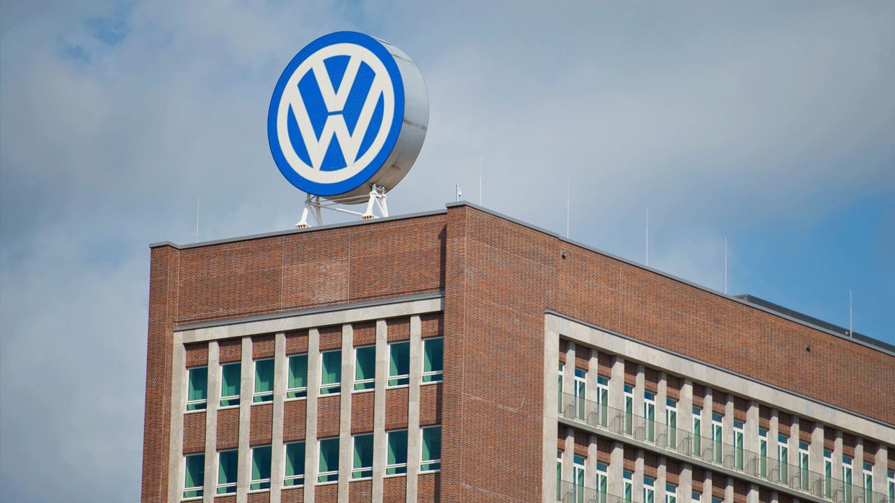 Volkswagen volta a estar debaixo de fogo por vender carros ilegais