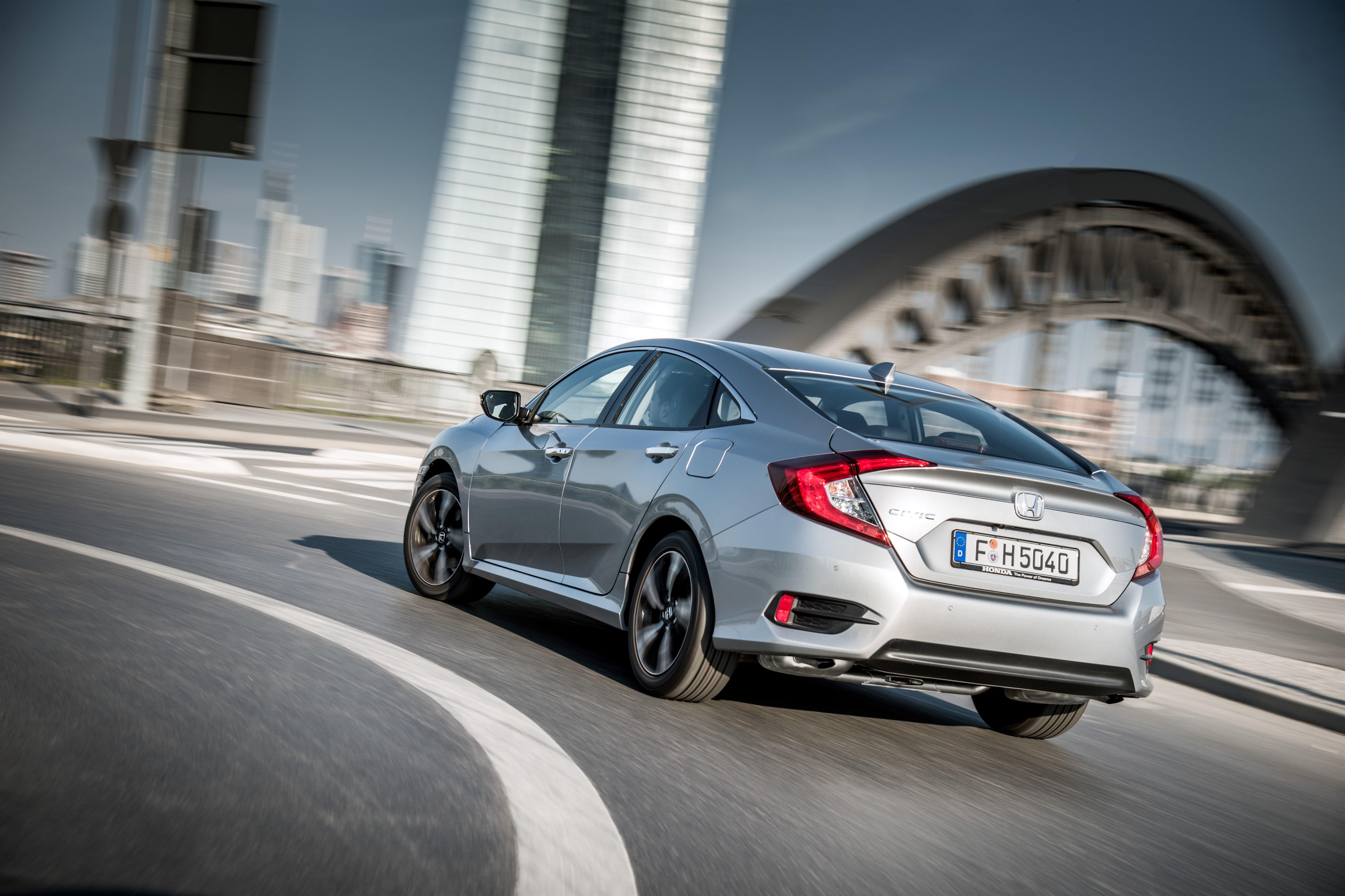Honda Civic Sedan já está disponível em Portugal