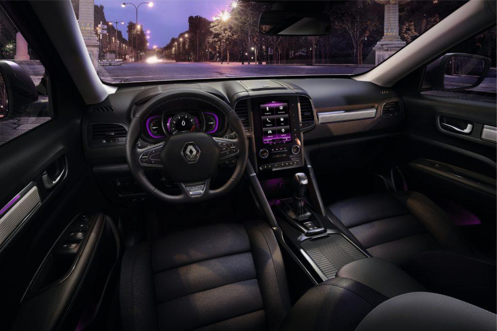 87851_2017_New_Renault_KOLEOS_INITIALE_PARIS