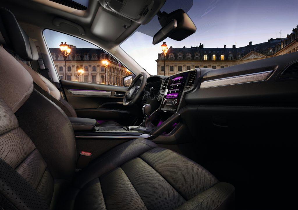 87852_2017_New_Renault_KOLEOS_INITIALE_PARIS