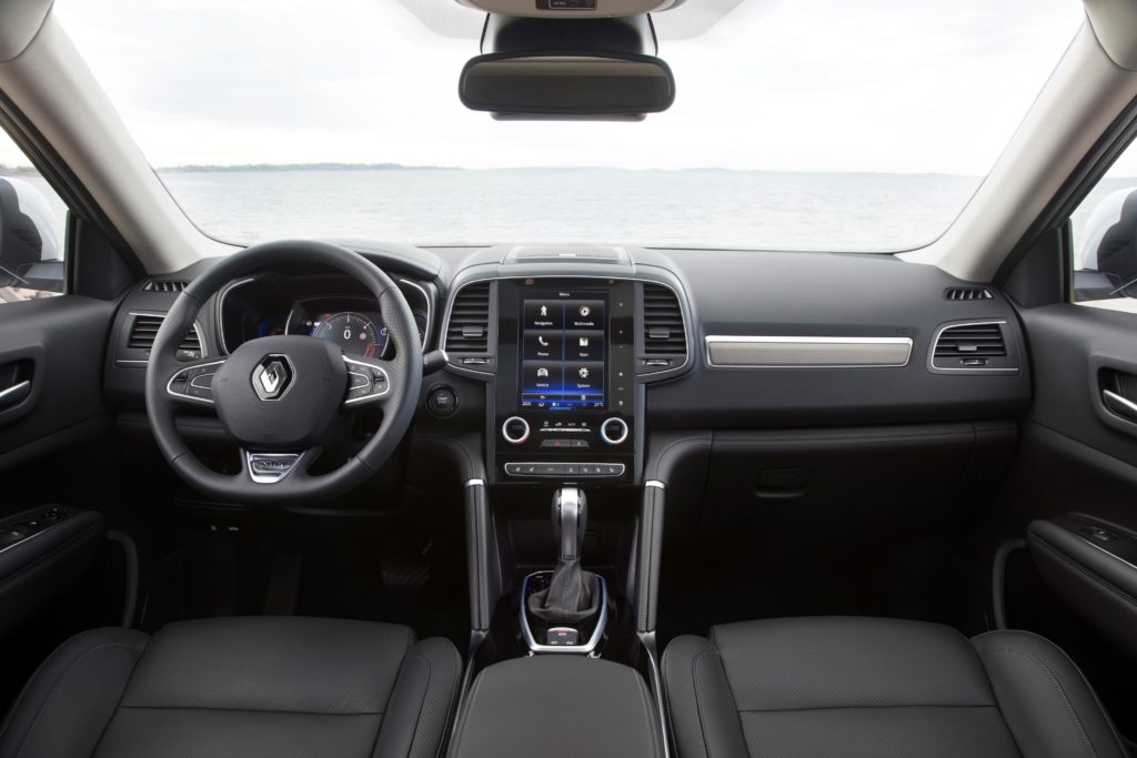 92043_2017_New_Renault_KOLEOS_Initiale_Paris_tests_drive_in_Finland