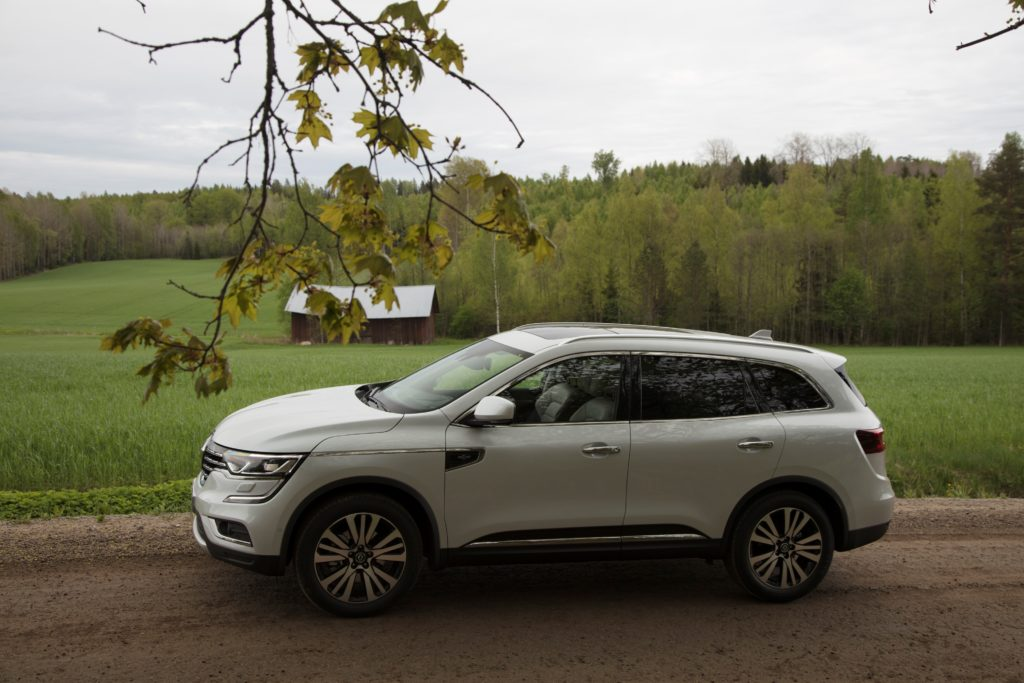92063_2017_New_Renault_KOLEOS_Initiale_Paris_tests_drive_in_Finland