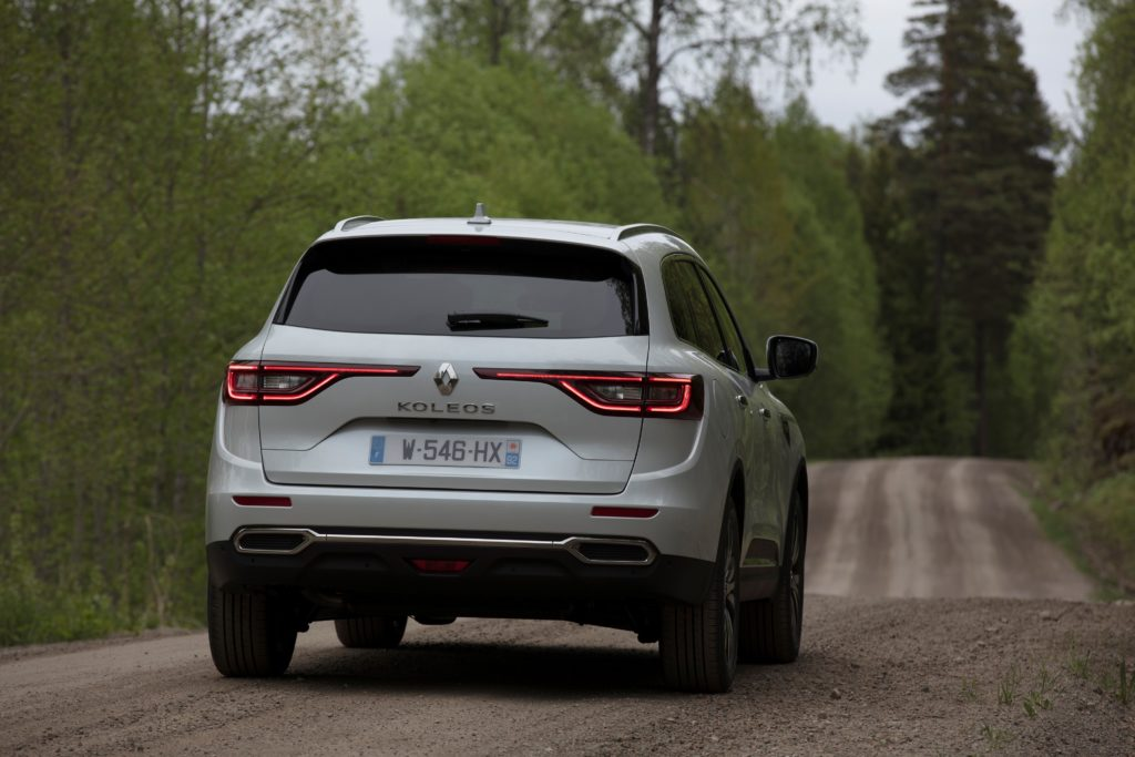 92064_2017_New_Renault_KOLEOS_Initiale_Paris_tests_drive_in_Finland