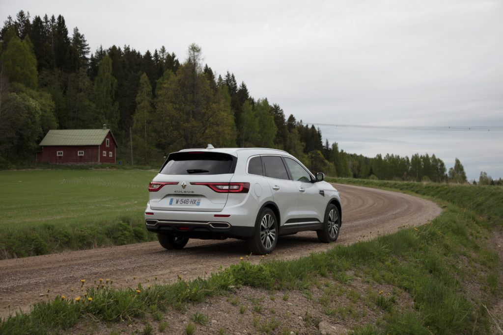 92066_2017_New_Renault_KOLEOS_Initiale_Paris_tests_drive_in_Finland