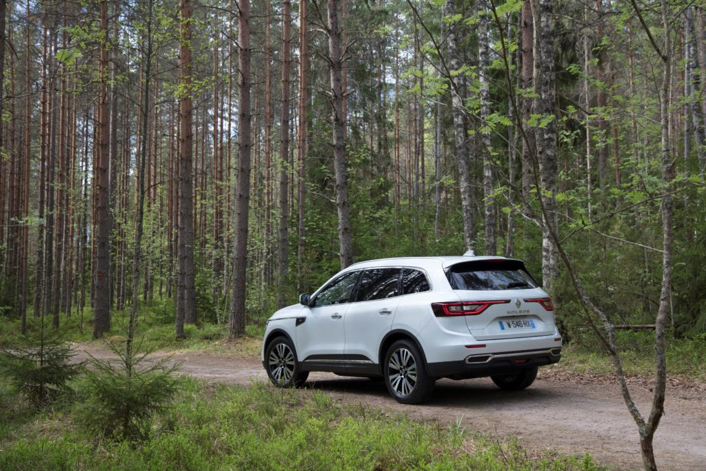 92067_2017_New_Renault_KOLEOS_Initiale_Paris_tests_drive_in_Finland