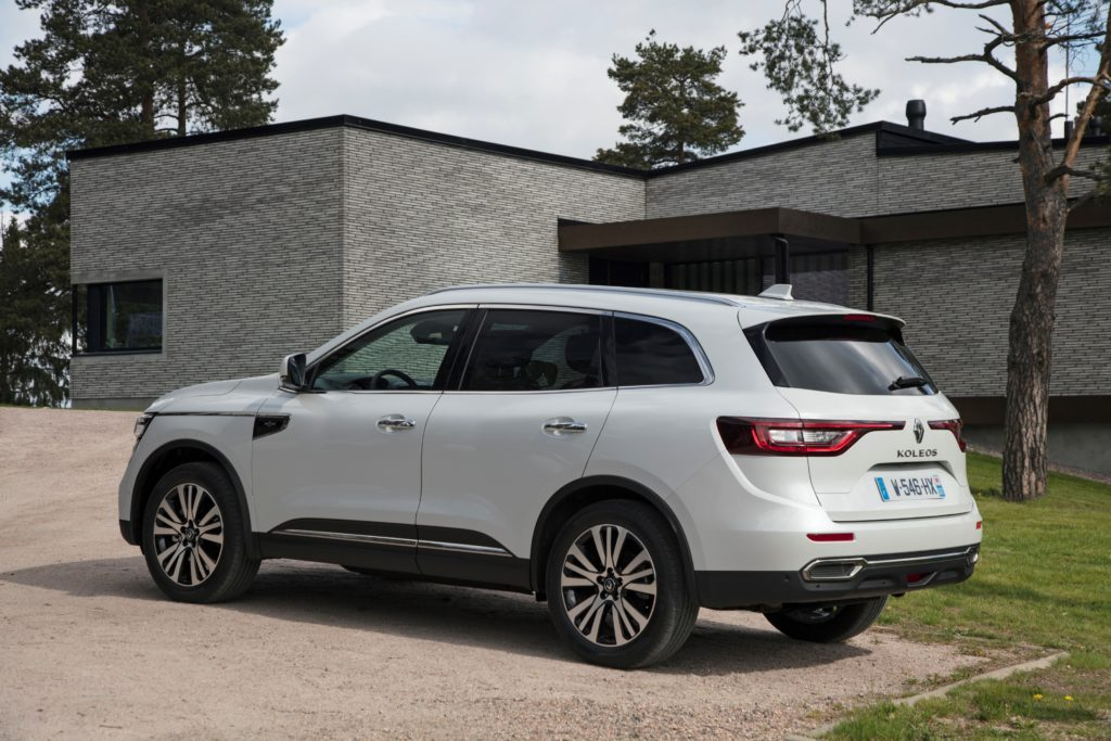 92071_2017_New_Renault_KOLEOS_Initiale_Paris_tests_drive_in_Finland