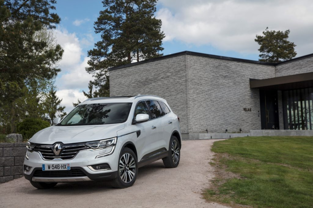 92073_2017_New_Renault_KOLEOS_Initiale_Paris_tests_drive_in_Finland