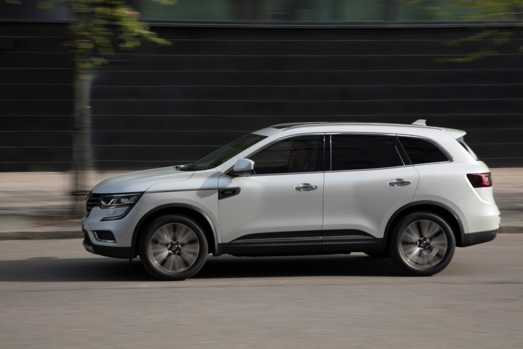 92077_2017_New_Renault_KOLEOS_Initiale_Paris_tests_drive_in_Finland