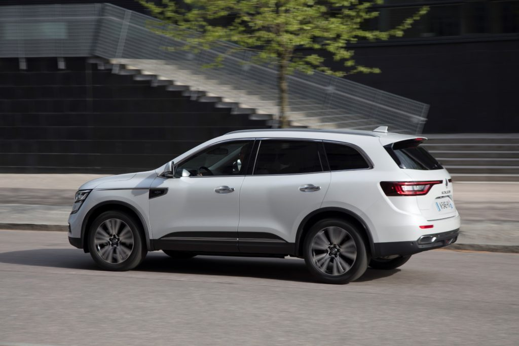 92078_2017_New_Renault_KOLEOS_Initiale_Paris_tests_drive_in_Finland