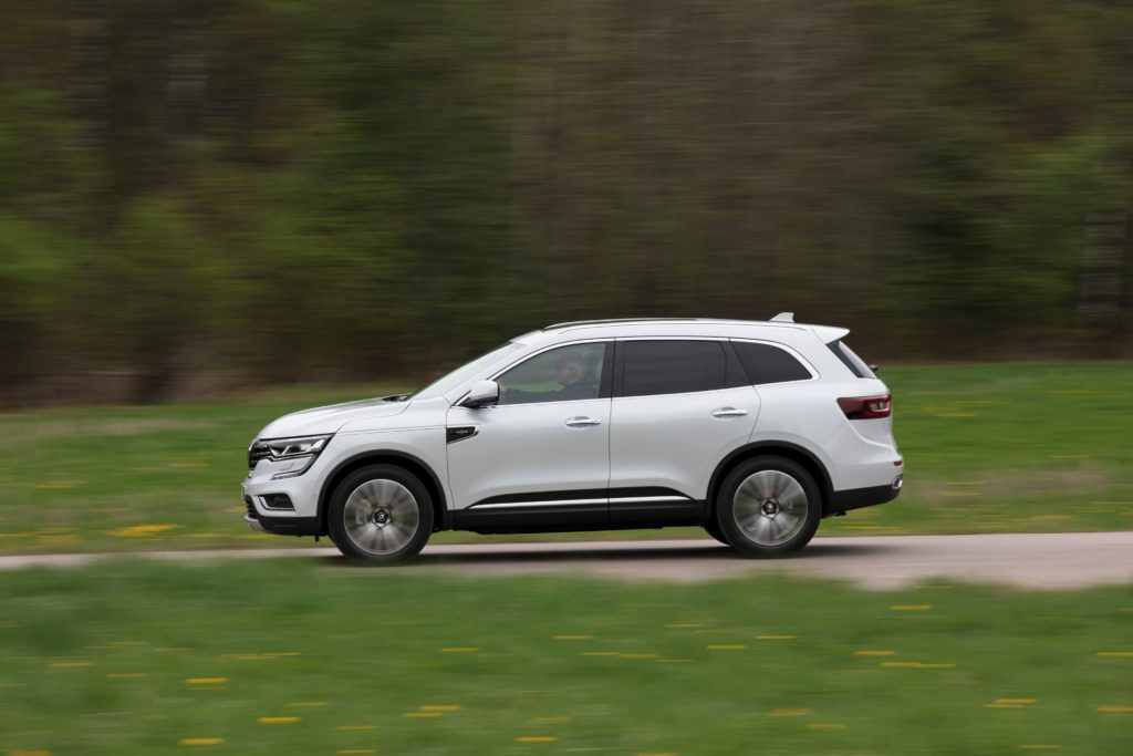 92081_2017_New_Renault_KOLEOS_Initiale_Paris_tests_drive_in_Finland